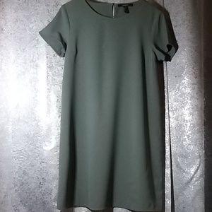 💥REDUCED💥Grey Short Sleeve Dress